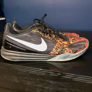 Nike kobe mentality's size 13